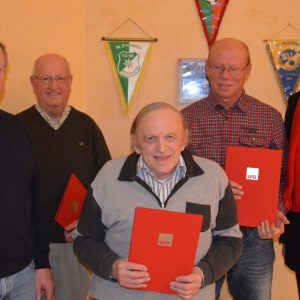 Auf dem Bild vlnr Dieter Schaake, Siegfried Krumrey, Fred Raabe, Karlheinz Ludwig und Dr. Christoph Weltecke