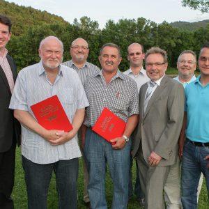 Das Bild zeigt von links: Dr. Christoph Weltecke, Hartmut Nötzel, Joachim  Kranz, Günther Hankel, Ulrich Kranz, MdB Ullrich Meßmer,  Karl-Heinrich Neuschäfer und Jens Hankel